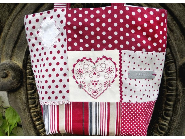 Sac coeur Broderie traditionnelle Semi-kit